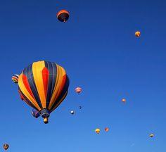 Voar em balão de ar quente  (quero muito *.*) Bucket, Hot Air Balloon, Ticket, Buckets, Aquarius