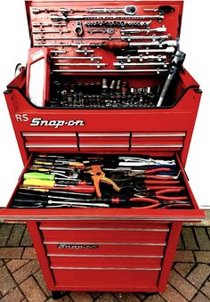 Snap on metal whee cabl roller tool chest