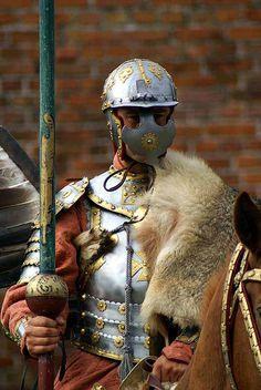 Jak walczyła husaria? :: Rzeczpospolita :: Kresy.pl Conquest Of Mythodea, Types Of Armor, East Of The Sun, Armor Clothing, Arm Armor, Body Armor, Goblin King, Fiction, Medieval Armor