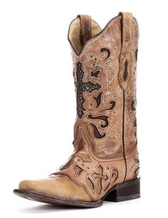 Shop at Ranch Outlet in Lafayette, LA, to find great brands and a great selection of western wear and western lifestyle products.