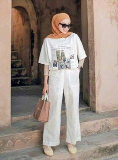 Hijab Fashion Summer, Modern Hijab Fashion, Street Hijab Fashion, Hijab Fashion Inspiration, Modest Fashion Hijab, Muslim Fashion, Casual Hijab Outfit, Ootd Hijab, Hijab Chic