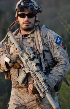 With Finger Extended Military Gear, Military Police, Military Weapons, Military Equipment, Usmc, Marines, Special Forces Gear, Military Special Forces, Gi Joe