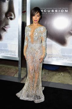 """linrenzo: """" celebritiesofcolor: """" Jada Pinkett-Smith attends Columbia Pictures screening of Concussion at Regency Village Theatre on November 23, 2015 in Westwood, California. """" EAT IT """""""