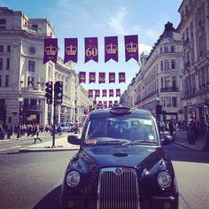 Beautiful day for a market visit #london #blackcab #regentstreet by @Gracia Gomez-Cortazar Gordon