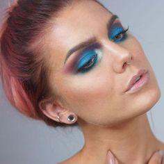We love @lindahallbergs perfect face in #sugarpill Lumi http://ift.tt/2DaCg3K