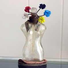 The perfume bottle designed by Leonor Fini for Schaparelli