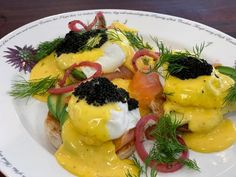 Smoked Salmon And Eggs, Salmon Eggs, Kitchen Recipes, Wine Recipes, Food Network Recipes, Sauce Recipes, Brunch Recipes, Breakfast Recipes, Brunch Dishes