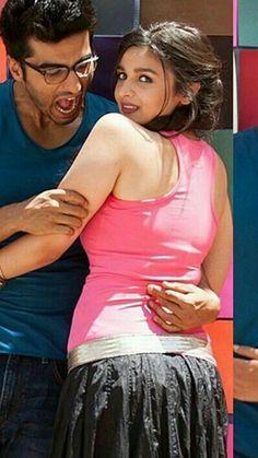 padukone Gorgeous looks ❤🌹 Bollywood Actress Hot Photos, Indian Bollywood Actress, Beautiful Bollywood Actress, Bollywood Celebrities, Bollywood Fashion, Bollywood Couples, Beautiful Actresses, Beautiful Girl Indian, Most Beautiful Indian Actress