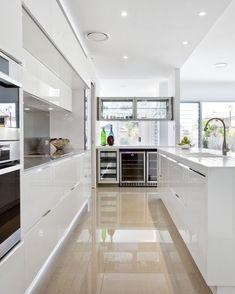 Best Of Big Kitchen Ideas Modern Interior Design Kitchen Interior floor Contemporary white kitchen Perfect for your dream Big Kitchen, Kitchen Dining, Kitchen Decor, Kitchen Ideas, Kitchen White, Kitchen Island, Awesome Kitchen, White Kitchens, Rustic Kitchen