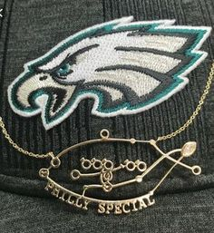 Safian & Rudolph Jewelers is Philadelphia's leader in diamonds for over 60 years, specializing in diamonds, precious gemstones, bridal and fashion jewelry. Eagles Win, Fly Eagles Fly, Philadelphia Eagles Football, Philadelphia Sports, Nfc East Champions, Eagles Super Bowl, Fashion Jewelry, Flyers, Pride