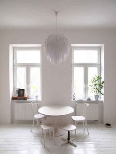 DIY Artichoke Lamp, mid century modern, home decor, budget home decor, lights fixture, chandelier