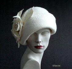 09d80c5ba92 White felt HatWhite Felted HatCloche Hatwhite hat 1920 1920s Hats