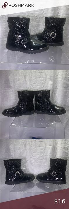 I just added this listing on Poshmark: Girls Primigi Boot -Black Pat- size 29EU/US 11.5. #shopmycloset #poshmark #fashion #shopping #style #forsale #Primigi #Other Little Girl Boots, Baby Girl Boots, Toddler Winter Boots, Snake Print Boots, Suede Chukka Boots, Black Leather Sneakers, Tall Riding Boots, Purple Suede, Black Boots