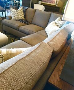 Furniture in Knoxville - Sectional Sofa - Home Décor - Home Interiors - Interior Design - The Design Center at Braden's - Braden's Lifestyles Furniture