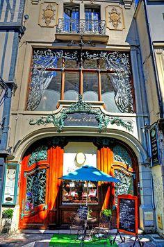Dame Cakes, Rouen, Seine-Maritime, france.