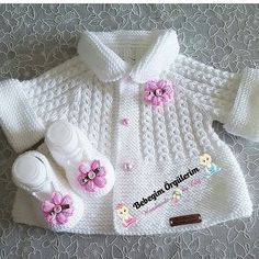 Knitting pattern available on Baby Knitting Patterns, Baby Cardigan Knitting Pattern, Knitting For Kids, Knitting Stitches, Baby Patterns, Free Knitting, Crochet Patterns, Vest Pattern, Diy Crafts Knitting