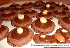 Csokis aprósüti áfonyadzsemmel töltve | NOSALTY – receptek képekkel