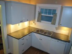 small kitchen remodel, laminate countertop