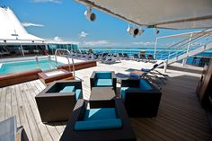 Paul Gauguin French Polynesia Escapes: Fly/Cruise from AU$4,996 | Vacation Goddess