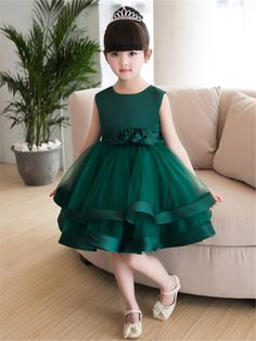 Knee-length girl party dress - Everything you are looking Baby Summer Dresses, Baby Girl Party Dresses, Dresses Kids Girl, Party Dresses For Women, Girl Outfits, Flower Girl Dresses, Dress Party, Dress Girl, Work Dresses