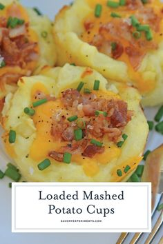 Loaded Mashed Potato CupsLoaded Mashed Potato Cups are the best way to use leftover mashed potatoes. Mixed with cheese, eggs and a few other ingredients, you load them into a muffin tin and poof, you've got finger food mashed potatoes! Mashed Potatoes With Egg, Instant Mashed Potatoes, Leftover Mashed Potatoes, Potatoe Casserole Recipes, Mashed Potato Recipes, Potato Dishes, Cheesy Potatoes, Baked Potatoes, Finger Potatoes