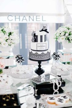 30th Birthday Chanel Birthday | CatchMyParty.com