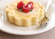 Today's recipe is for a classic British lemon tart. A creamy lemon custard filling baked in a rich, sweet, shortcrust shell. Tart Recipes, Candy Recipes, My Recipes, Baking Recipes, Dessert Recipes, Favorite Recipes, Afternoon Tea Recipes, Dessert Drinks, Dessert Tarts