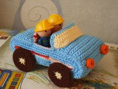 download a FREE pattern every day. ~ Cute Little Car! |  Crochet Stash .Tumblr .Com