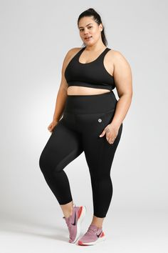 Flow Crop - Black – Active Truth™ Workout Session, Summer Wardrobe, Perfect Fit, Flow, Tights, Sporty, Pockets, Stylish, Fabric