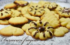 Fursecuri fragede My Recipes, Cooking Recipes, Healthy Choices, Cookies, Desserts, Food, Ideas, Crack Crackers, Tailgate Desserts