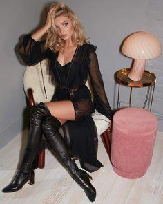 All black – Elsa Hosk Hadoukens Elsa Hosk, Red Silk Robe, Black Elsa, Perfect Blonde, Lace Kimono, Scrub Pants, Sheer Chiffon, Belle Photo, Sexy Outfits