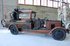 A hearse… That is beyond awesome.