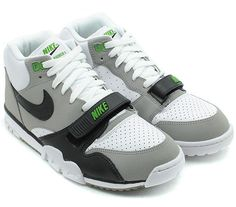 best loved d1ce0 894fe Nike Air Trainer 1 Mid Premium