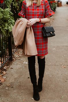 I'm giving away a beautiful watch today! 🎉 (You can choose any watch from the website. 🎁) Click through to enter get the rest of my outfit details. Winter Dress Outfits, Plaid Outfits, Casual Dress Outfits, Preppy Outfits, Plaid Dress, Casual Chic Style, Preppy Style, My Style, Fall Fashion Trends