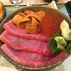 Toro也好好吃 #brunch #latergram #seafood #overrice #toro #ikura #uni #seaurchin…