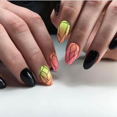 fotos of almond nails art designs for summer 2019 Nail Art Design Gallery, Best Nail Art Designs, Almond Nail Art, Almond Nails, Nail Swag, Black Nail Art, Black Nails, Easy Nail Art, Cool Nail Art