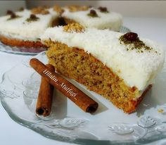 Havuçlu Muhallebili Kek Tarifi Custard Cake, Vanilla Cake, Banana Bread, Tart, Carrots, Cake Recipes, Bakery, Cheesecake, Food And Drink
