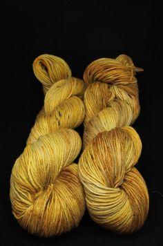 obilie_4_rucne_vlna_farbena_hand_dyed_yarn_sinning_spinrad_vlna-art.sk Hand Dyed Yarn, Yarns