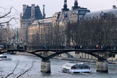 Bateau Mouche on the Seine.Travel France Multicityworldtravel.com