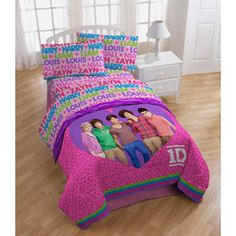 One Direction Bedding Sheet Set... this is what i want for my birthday!!! all the other duvet covers are twin sized:(