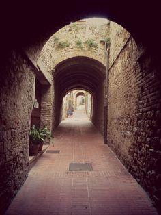 Corner of SanGimignano_photobyme