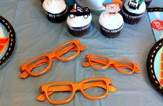 Plan a Blippi themed party for your little Blippi fan! Create a Blippi party that's affordable, creative, simple, and that your child will love! 2nd Birthday Party Themes, Second Birthday Ideas, Ball Birthday Parties, Third Birthday, Birthday Party Favors, Baby Birthday, Construction Birthday, Baby Swimwear, Party Ideas
