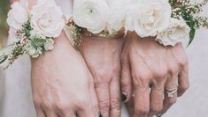 Spose originali con il bouquet bracciale!