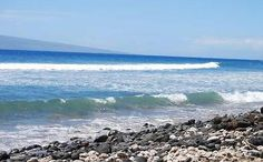 Puamana Beach Park - A Small Surfing Paradise in Southwest Maui, Hawaii