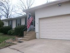 938 S. Mission Springfield, MO 65809, 100_9485