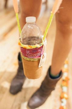 water bottle holder = awesome DIY idea!