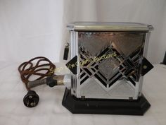 Lot # : 179 - Vintage Art Deco Toaster with Plug