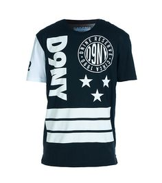 D9 RESERVE Graphic logo tee Short sleeves Crew neck with ribbed collar Circle and stars detail D9 RESERVE lettering on front Stripes detail Cotton - that should be mine!