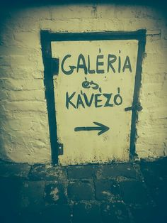 #street #ruined #pub #town #graffiti #galery #café