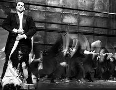 Tanztheater Wuppertal - Pina Bausch - Pieces - Iphigenie auf Tauris (Iphigenia in Tauris)